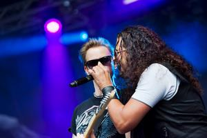 Namnkunnig sångare.Bandet W.E.T. uppträdde på Metallsvenskans stora scen på lördagseftermiddagen. Sångaren Jeff Scott Soto har tidigare spelat med Talisman, Journey och Yngwie Malmsteen.