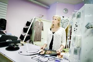 Emma Litzéns underklädesbutik Fint och Underbart byter lokal nästa månad.