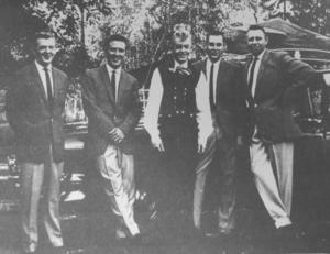 På rockturné tillsammans med White Bear var Kjell sommaren 1960. I bandet spelade fr v Torbjörn Wikström, Åke Larsson, Björn
