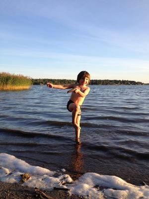 Sötaste badkillen Noél Schönqvist. Foto Léontine Schönqvist