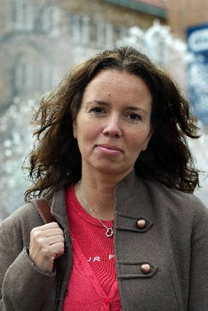 Camilla Lagerqvist som bor i Sandviken prisas för sina ungdomsböcker som ofta har en koppling till cirkusstaden Gävle.