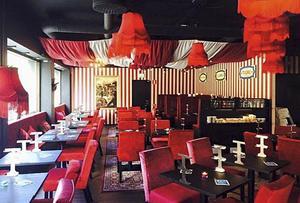 Kedjans interiör har cirkusinspiration, efter Fernanda Pincho som var kokerska på en cirkus och skapade mångkulturella smårätter.
