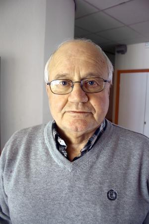 Theo Kritikos rektor på Centralskolan och Finnerödja skola har sagt upp sig.