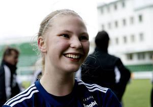 Ellen Löfqvist fick förtroendet från start när Sverige premiärvann i F19-EM.