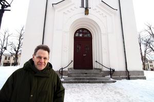 Ingemar Svantesson har valt att bjuda hela Nora till sitt 80-årsfirande - en konsert i Nora kyrka.
