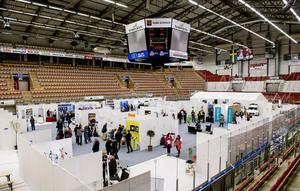 Y-expo har flyttat in i själva arenan.