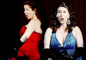 Glamourgruppen Las Divas glittrar gärna för en god sak.