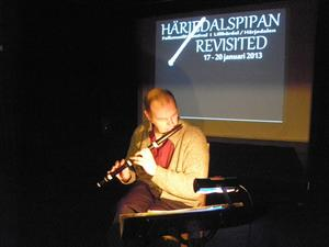 Andreas Kröper skapade komplexa klanger och ljudvariationer.