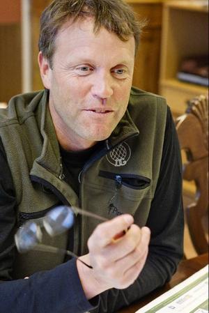 När han inte befinner sig på jobbet fysiskt eller mentalt kretsar det mesta av fritiden kring jakt och fiske för Johan Eriksson.