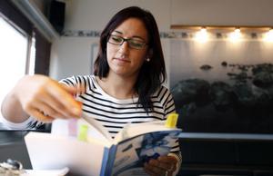 Rebecca Kjellin har en hel del att läsa in innan betygen ska sättas.