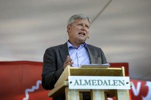 En majoritet av Vänsterpartiets distrikt vill byta ut Lars Ohly mot en ny partiledare, visar en undersökning. Men vänsterpartisterna i Gävleborg är inte överrens.