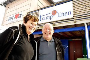 – Den här resan som jag har fått vara med på här på arbetet är inte många förunnat, handledaren Christina Nordenö, här tillsammans med kollegan Bim Näslund.