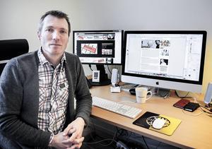 Jan Svärdhagen ansvarar för sociala medier på Högskolan Dalarna. Han menar att man ska vara källkritisk mot allt på internet.