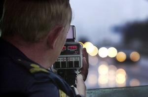405 förare rapporterades för fortkörning under vecka 16 i Örebro län.