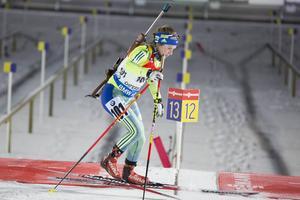 Anna Magnusson var på väg mot en plats bland de 60 och start i söndagens världscuplopp när hon gjorde en rejäl blunder – åkte in mot varvning i stället för mot mål. Bilden från tordagens distanslopp.
