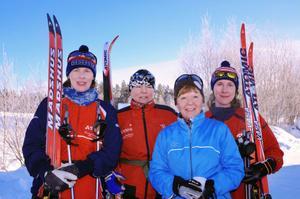Anna Adamsson, Maria Rosvold, Christina Stenberg och Linda Adamsson tävlade alla för Segersta OK. – En bra genomkörare till Tjejvasan, tyckte Linda.