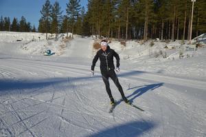 Oskar Svensson innan han sticker ut på ett långt distanspass med låg puls.