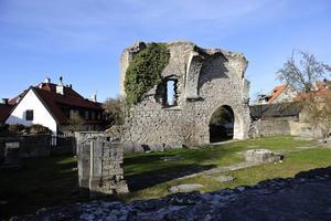 Visbys kyrkoruiner är ett av dragplåstren hos Gotlands museum