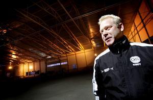 ÖSK:s sportchef Fredrik Johansson.