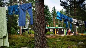 Stugor i fritidshusområden i skärgården har ofta ostört läge även om husen ligger tätt.