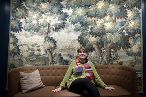 Den kanadensiska författaren Lise Tremblay besöker litteraturfestivalen Stockholm Literature på Moderna Museet. Hon beskriver ett samhälle som sugit åt sig av den katolska kyrkans maximer.