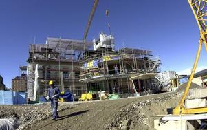 Juni 2001. Bilden är tagen i början av juni och Casino Cosmopol i Sundsvall invigdes den 30 juni 2001.