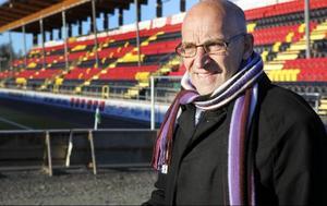 Två entreprenadavtal har tecknades utan föregående upphandling och arenabolaget har därmed ådragit sig skadeståndsskyldighet, enligt Mats El Kott.
