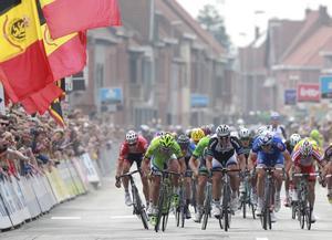 En svår olycka inträffade under cykelloppet Ghent-Wevelgem och en cyklist omkom. Arkivbild.