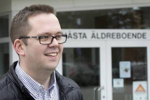 Sommarjobbare behövs tycker Henrik persson (S) ordförande för social- och fritidsnämnden i Hudiksvall.
