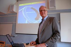 Kommunrankning. Carl Ström, regionchef för Svenskt Näringsliv Dalarna, uppmuntrar nu kommunledningen och politiker att fundera på vad de måste göra för att få ett bättre företagsklimat.