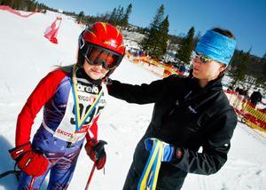 Ella Johnsson Wiesner, 9 år, är en riktig veteran i att delta i Skutskjutet.– Jag har fyra medaljer hemma, fem med den jag fick nu, säger hon.Det innebär att hon åkte första gången som 4-åring.
