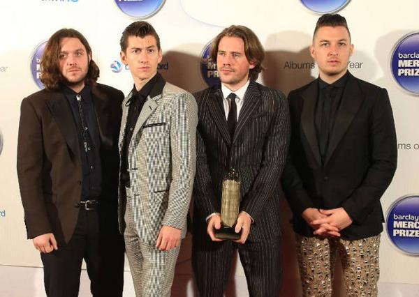 Brittiska bandet Arctic monkeys sålde mest vinyler i England förra året.