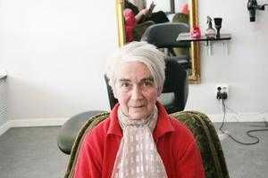 Elsie Bellander, 76, Ljusdal– Man vill absolut pigga upp sig på våren. Det känns fräscht. Jag har arbetat på Wella i många år och har ett stort intresse för hårvård.