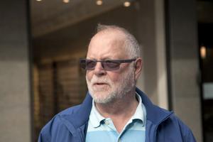Birger Lund, Härnösand:– Det är väl att man håller beståndet nere.