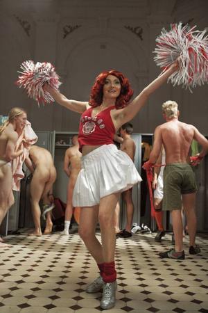 """Ur """"Cheerleader"""" av Katarzyna Kozyra."""