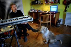 Torterade eller inte, den mesta musik vi lyssnar till är sådan vi inte tycker om, konstaterar Peter Bryngelsson.Foto: Jessica Gow/Scanpix
