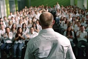 """Masspsykos. Jürgen Vogel som läraren i """"Die welle"""".Foto: Atlantic film"""