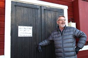 Ulf har redan satt upp en lapp på dörren.
