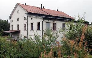 Kommunen kräver att gamla spisbrödsfabriken i Säter ska snyggas till.FOTO EVA HÖGKVIST