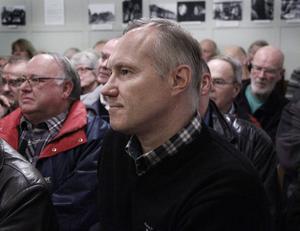Jonny Fagerström från föreningen Landskapsskydd var laddad inför det välbesökta vindkraftsmötet i Maråker.