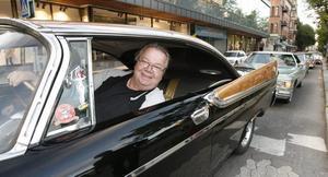 Kjell Almqvist och hustrun Monica körde från Sandviken i sin Dodge Custom Royal -57.