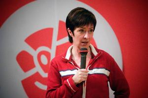 Utlovar höjd a-kassa. Mona Shalin, socialdemokraternas blivande partiledare, meddelade igår att a-kassan kommer att höjas till 80 procent om partiet vinner valet 2010.