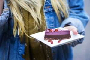 Det är enkelt att undvika godis när man är vegan. Helt enkelt eftersom det knappt finns något godis som är veganskt.