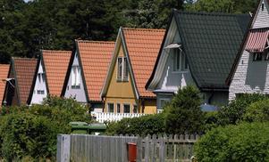 Det finns inget absolut samband mellan stigande fastighetsvärden och upprustade gator, skriver Villaägarnas Riksförbund.