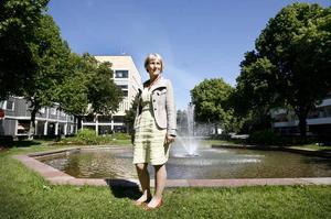 Nya kommundirektören Ann-Katrin Sundelius ser positivt på utmaningarna.