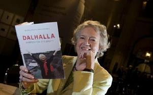 Margareta Dellefors går till nytt hårt angrepp på  Dalhallas nuvarande ledning.  FOTO:SCANPIX
