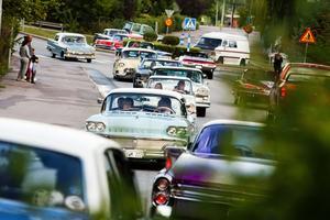 Bilklubben Beautytown Cruisers ställde till med cruising i centrala Fagersta.