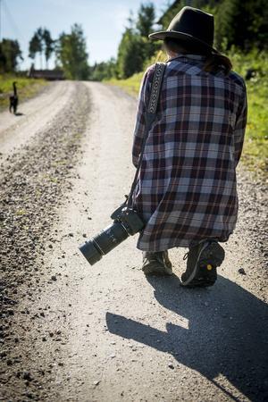 Intresset för fotografi växte under gymnasiet då Rania började läsa bloggar och utbilda sig.