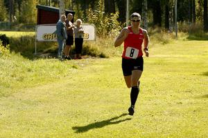 Ida Ingemarsdotter tog en enkel seger i terräng-DM. OS-guldmedaljören vann med nästan en minut före tvåan Laila Kveli.