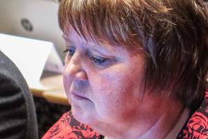 AnnSofie Andersson (S) fick inget svar varken från M eller SD om vilka ursprungsländer som är acceptabla om man ska flytta till Östersund.